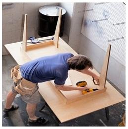 Сборка столов по низким ценам в Реутове от специалистов